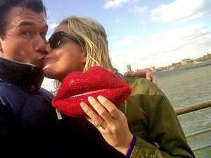 Jerry O'Connell and Rebecca Romijn Renew Wedding Vows
