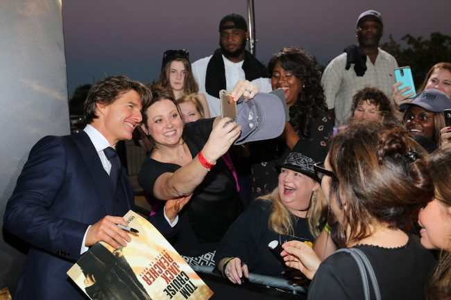 """HARAHAN, LA - OCTOBER 16:  Actor Tom Cruise signs autographs at the fan screening of the Paramount Pictures title """"Jack Reacher: Never Go Back"""", on October 16, 2016 at the AMC Elmwood in New Orleans, USA.  (Photo by Josh Brasted/Getty Images for Paramount Pictures) *** Local Caption *** Tom Cruise"""
