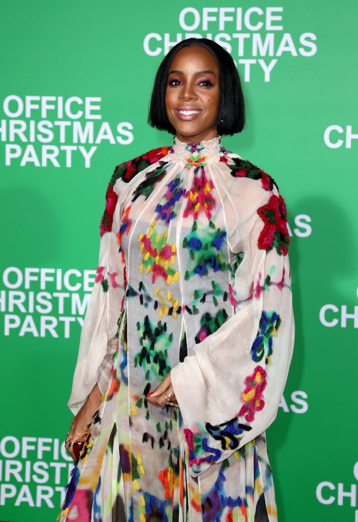 "WESTWOOD, CA - DECEMBER 07:  Singer Kelly Rowland attends the LA Premiere of Paramount Pictures ""Office Christmas Party"" at Regency Village Theatre on December 7, 2016 in Westwood, California.  (Photo by Jonathan Leibson/Getty Images for Paramount Pictures) *** Local Caption *** Kelly Rowland"