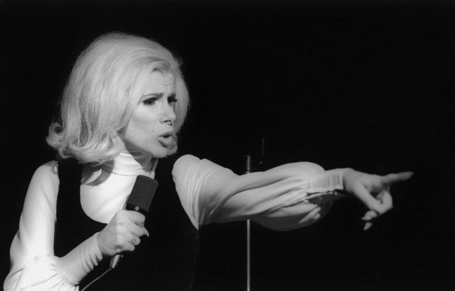 NEW YORK - NOVEMBER 1970:  Comedienne Joan Rivers performs live in November 1970 in New York City, New York. (Photo by I.C. Rapoport/Getty Images)